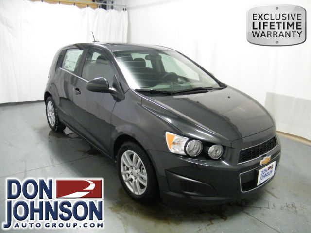 New 2015 chevrolet sonic lt auto hatchback in hayward for Don johnson hayward motors